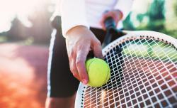 tennis raquette balle homme entrainement